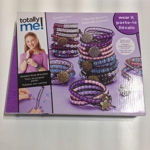Girls activity bracelet making kit